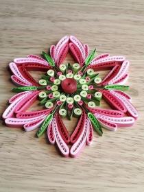Mandala pinkfarben, Durchmesser 12 cm aus Kartonpapier, Handarbeit  - Handarbeit kaufen