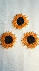 3 Sonnenblumen, klein, aus Kartonpapier, zum Aufhängen, Handarbeit, Unikate - Handarbeit kaufen