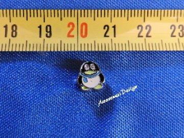 Floating Charm Pinguin mit blauen Schal ☆  Einleger