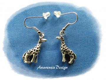 Ohrhänger Giraffe ♡ Silberfarbene Ohrringe dreidimensional