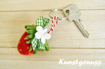 Schlüsselanhänger Erdbeerliebe