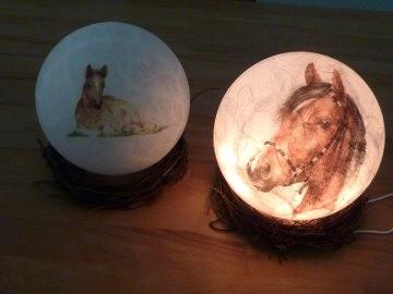 Leuchtkugel mit Pferdekopf bei ideenReich kaufen