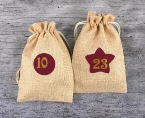 Adventskalender **weinROT** Jutesäckchen mit Zahlen 24er Set Weihnachtsdeko Weihnachtssäckchen Advent Adventszahlen - Handarbeit kaufen
