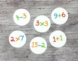Adventskalenderzahlen **Rechnen** von ZWEIFARBIG 24 Stück 40mm Aufkleber Adventskalender Zahlenaufkleber Advent Etiketten Adventszahlen Weihnachten