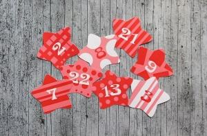 Adventskalenderzahlen **Rote Sterne** von ZWEIFARBIG 24 Stück Aufkleber Adventskalender Zahlenaufkleber Advent Etiketten Adventszahlen Weihnachten - Handarbeit kaufen