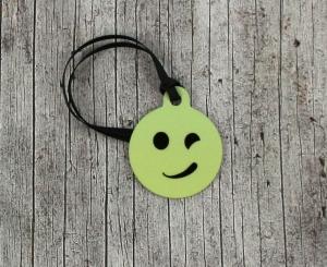 Anhänger **Schelm** von ZWEIFARBIG 3,2cm Glücksbringer Schlüsselanhänger Taschenanhänger Geschenk Einschulung Kindergarten Geburtstag - Handarbeit kaufen