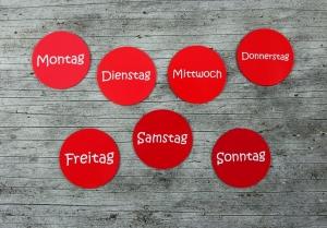 7 Kühlschrankmagnete **Rote7** von ZWEIFARBIG 50mm Magnet Wochenkalender Küche Wochentage Geburtstag Organizer Dekoration Küchenbedarf - Handarbeit kaufen