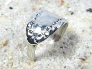 Silberring Besteckschmuck Spiralring versilbert Tropfenmuster