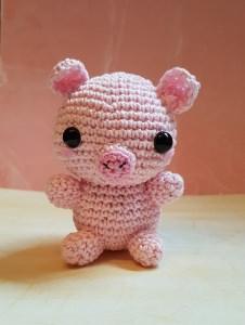 Gehäkeltes Amigurumi Schwein aus Baumwollgarn - Handarbeit kaufen