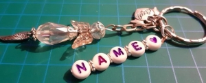 - Schutzengel Schlüsselanhänger  personalisiert mit Wunschname- das besondere Geschenk- - Handarbeit kaufen