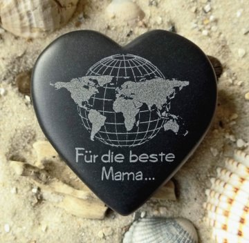 Herz Für die beste Mama Gravur Weltkarte Basalt
