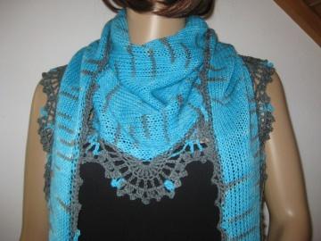 Dreieckstuch, Schaltuch aus handgefärbter Wolle in türkis und grau