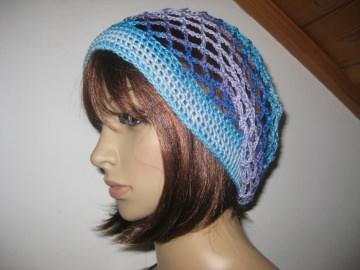 Mütze, Beanie, Sommer-Mütze mit Farbverlauf in Blau- und Lilatönen