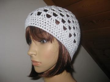 Mütze, Beanie, Sommer-Mütze in weiß mit Silberfaden