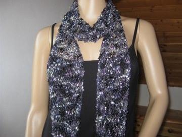Schmuckschal, Schal aus tollem Effektgarn, vielseitig zu stylen