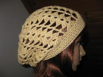 Mütze beige-goldfarben glänzend, Beanie, Häkelmütze, gehäkelt, mit Baumwolle