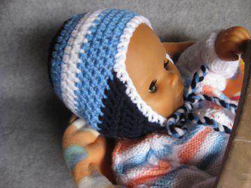 Babymütze mit Ohrenklappen, warme Wintermütze, gehäkelt