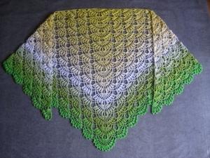 Dreieckstuchtuch mit wunderschönem Farbverlauf, Schal, Tuch, Stola, Schultertuch - Handarbeit kaufen