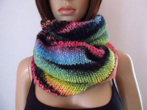 Großer Schlauchschal mit tollem Farbverlauf, gestrickt aus weicher Wolle, Rundschal, Loop, Schal  - Handarbeit kaufen