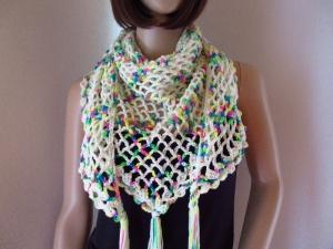 Dreieckstuch aus handgefärbter Wolle, Stola, Schultertuch, gehäkelt - Handarbeit kaufen