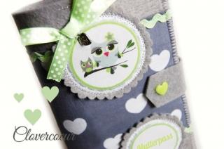 Mutterpasshülle Eule & Baby Mutterpass Hülle grau grün Herzen Herz - Handarbeit kaufen