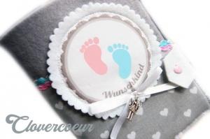 Mutterpasshülle Hülle Mutterpass Babyfüße Herzen grau rosa blau Mama Mukipass  - Handarbeit kaufen
