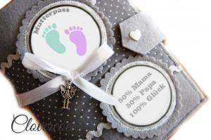 Mutterpasshülle Babyfüßchen Mutterpass Hülle Füße Baby - Handarbeit kaufen