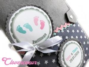 ZwillingSet TwinSet 3 in 1 U-Heft Hülle U-Hefthülle Junge Mädchen Geschwister Zwillinge Bruder Schwester Babyfüße Babyfüßchen - Handarbeit kaufen