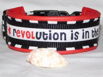 Hundehalsband - Revolution - mit  Lederimitat unterfüttert