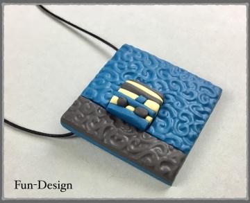 Halsschmuck Modern Art in blau - ein handgeformtes Unikat aus Fimo