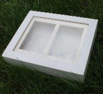 Objektbilderrahmen Shadowbox aus Holz für Hand und Fußabdrücke weiß