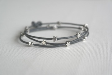 Armband Sterne, grau