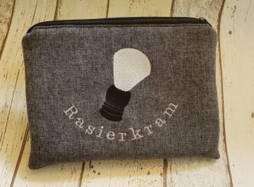 Rasierkram Täschen für den Mann, aus Polyesterstoff und beschichteter Baumwolle genäht mit Pinsel Stickerei