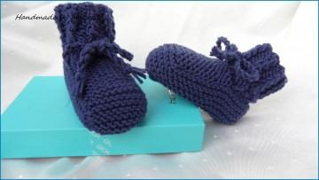 Babyschuhe gestrickt, Größe: 3-6 Mon. aus Wolle (Merino) in blau - Handarbeit kaufen