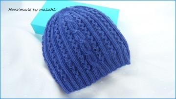 Federleichte gestrickte Babymütze, Gr.0-3 Mon. Die Wollmütze ist aus 100 % Wolle (Merino), handgestrickt, blau, kaufen - 1336