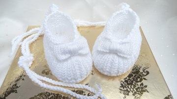 Gestrickte Babyschuhe, Ballerina, Größe 0-3 Mon. aus Baumwolle - Handarbeit kaufen