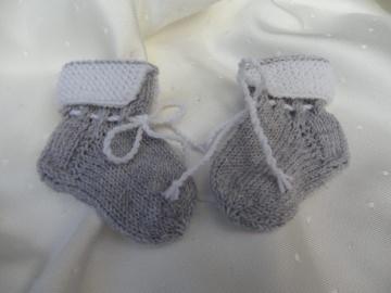 Gestrickte erste Babysocken, 0-3 Mon., aus  100 % Wolle (Merino)