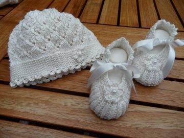 Taufset, Taufmütze und Taufschuhe aus 100 % Baumwolle handgestrickt, Babyset gestrickt. Größe 0-3 Mon. - 1121