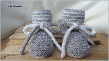 Babybschuhe grau, gestrickt aus Wolle (Merino). Auch schön als Geschenk zur Geburt Babyparty Taufe -  1310