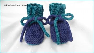 Handgestrickte Babyschuhe, Gr. 3-6 Mon. Blau, aus Wolle (Merino) - Handarbeit kaufen