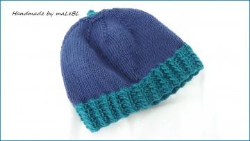 Handgestrickte Kindermütze aus Wolle (Merino) blau, smaragd - Handarbeit kaufen