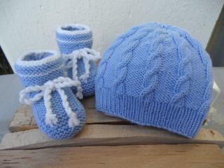 Babyset in hellblau für Jungen, handgestrickt aus Wolle (Merino) - Handarbeit kaufen