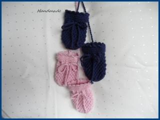 Babyhandschuhe aus Wolle (Merino), handgestrickt, Gr. 0-3 Mon. - Handarbeit kaufen