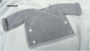 Baby-Wickeljacke, handgestrickt, 100 % Wolle (Merino), grau/weiß - Handarbeit kaufen