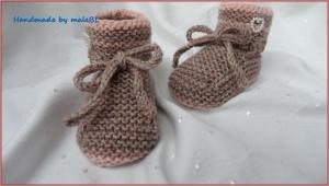 Babyschuhe gestrickt aus Wolle (Merino), Rosenholz/Rosa - Handarbeit kaufen