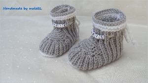 Babyschuhe für Neugeborene gestrickt, Wolle (Merino) mit Namen