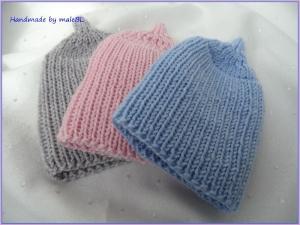 Neugeborenenmütze, handgestrickt aus Wolle (Merino) Blau, Rosa, Grau - Handarbeit kaufen
