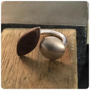 Ring Silber mit Kirschholz