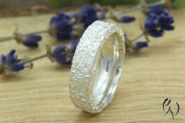 Toller Ring Silber aus 925/-, Zerknittert - Handarbeit kaufen