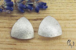 Ohrstecker Silber 925/- , Dreieck 10 mm, mattgekratzt - Handarbeit kaufen